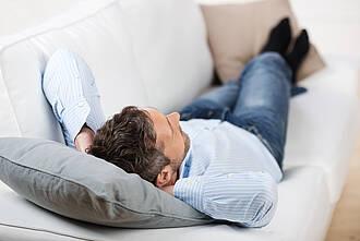 Nickerchen, Ruhepause, Sofa
