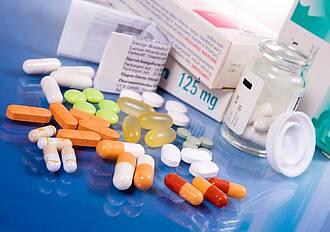 Krankenkassen-Kritik: Nutzen von Arzneimitteln bei seltenen Erkrankungen oft nicht ausreichend belegt