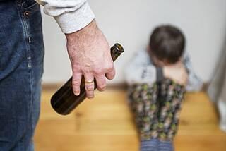 Suchtfamilien, suchtbelastet, Kinder, Eltern