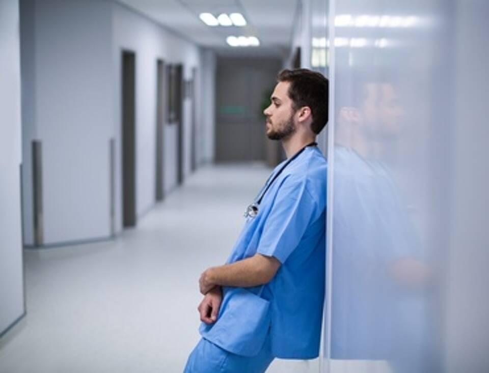 Pflegeberufe, Arbeiten am Limit, Pflege