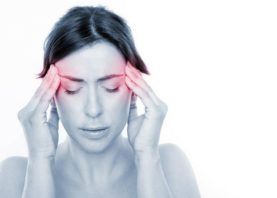 Rund 13 Millionen Deutsche leiden unter Schmerzen.