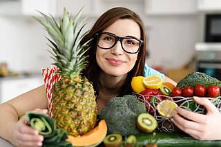 Obst und Gemüse enthalten viele Ballaststoffe