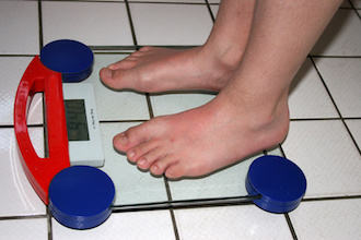 Übergewicht mit Steuer auf Süßgetränke angehen