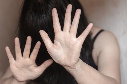 Gewalt gegen Frauen, häusliche Gewalt, Hilfetelefon