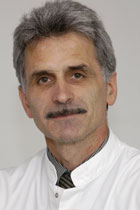 Prof. Dr. med. Ernst Späth-Schwalbe, Chefarzt, Klinik für Innere Medizin- Hämatologie, Onkologie, Gastroenterologie und Palliativmedizin, Ärztlicher Direktor, Vivantes Klinikum Spandau