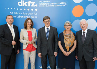 DKFZ: Wiestler geht, Wick kommt