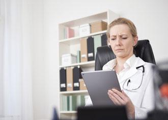 Arztbriefe der Kliniken oft mangelhaft