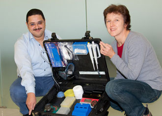 Schnelldiagnose-Koffer aus Göttingen soll im Kampf gegen Ebola helfen