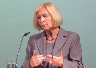 Johanna Wanka: Mehr Geld für die Erforschung von chronischen Schmerzen