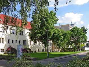 Nach 20 Jahren hat das Klinikum Hellersdorf seinen alten Namen zurückbekommen. Es heißt jetzt wieder Kaulsdorf