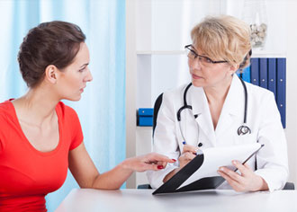 Was Frauen und Männer beim Arzt unterscheidet