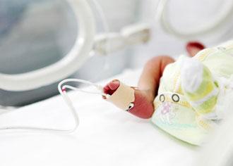Infektionsausbruch auf einer Neonatologie: Alptraum für Eltern und Klinikpersonal