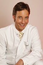 Dr. Thomas Picht