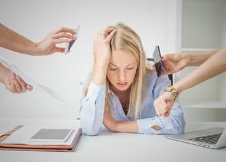 junge Frau im Stress