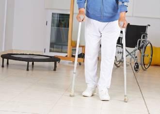 Schlaganfall bei älteren Menschen: Potenzial der Neurorehabilitation noch zu wenig genutzt